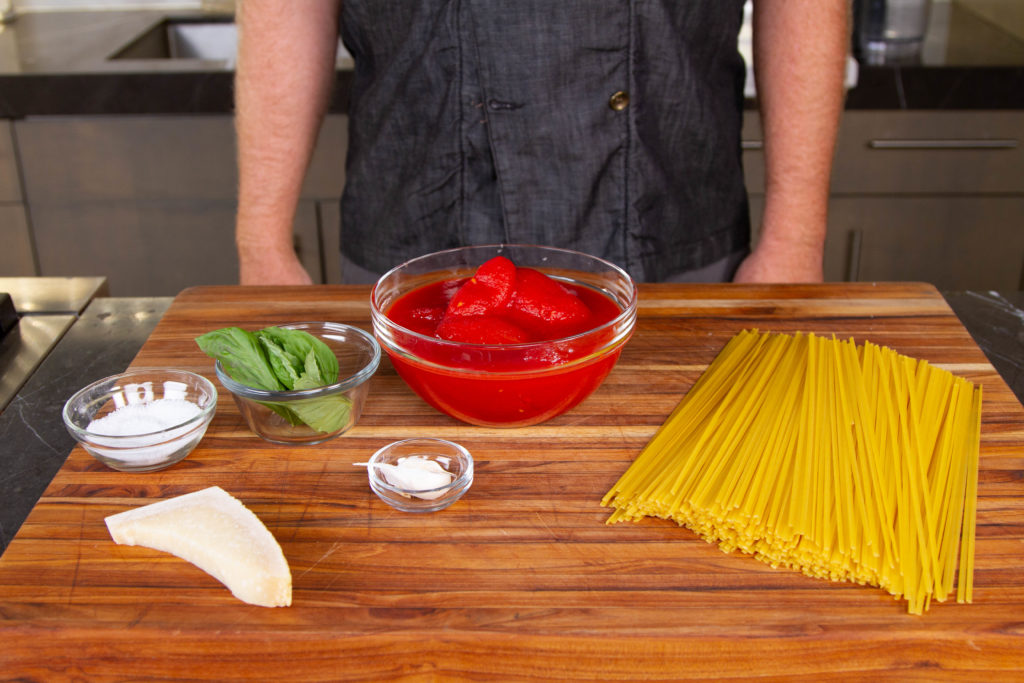 Pasta al pomodoro ingredients