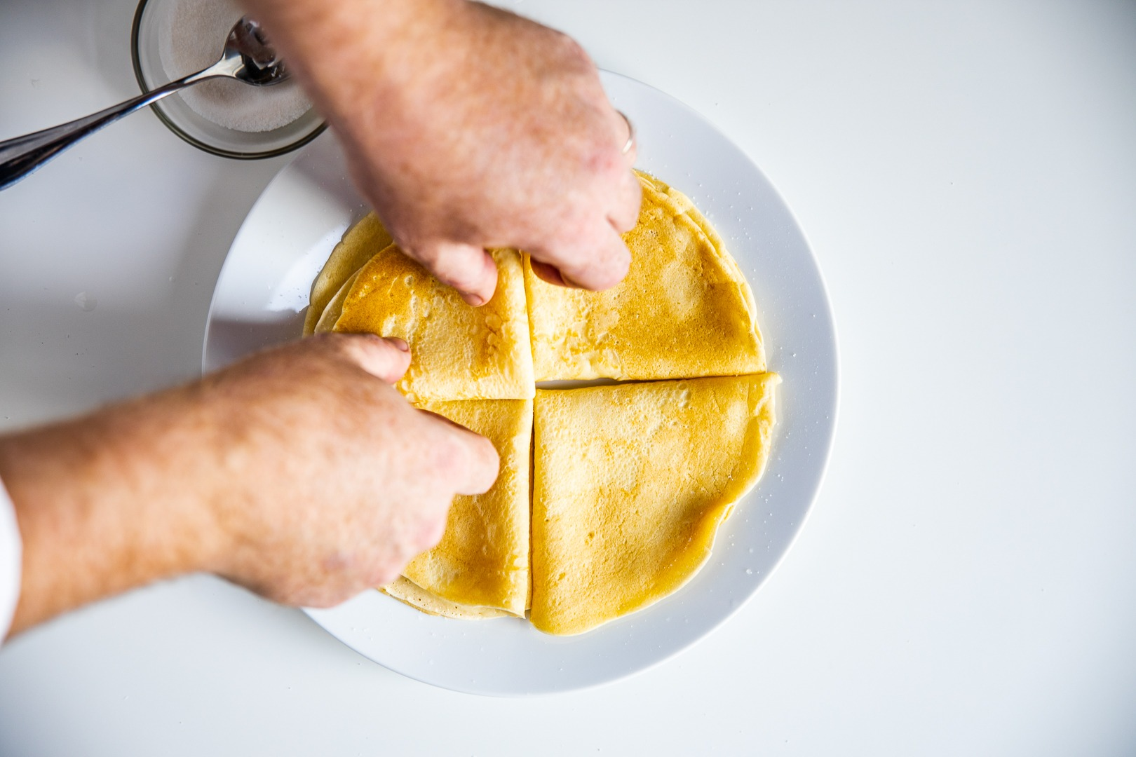 Arranging crepes on a plate