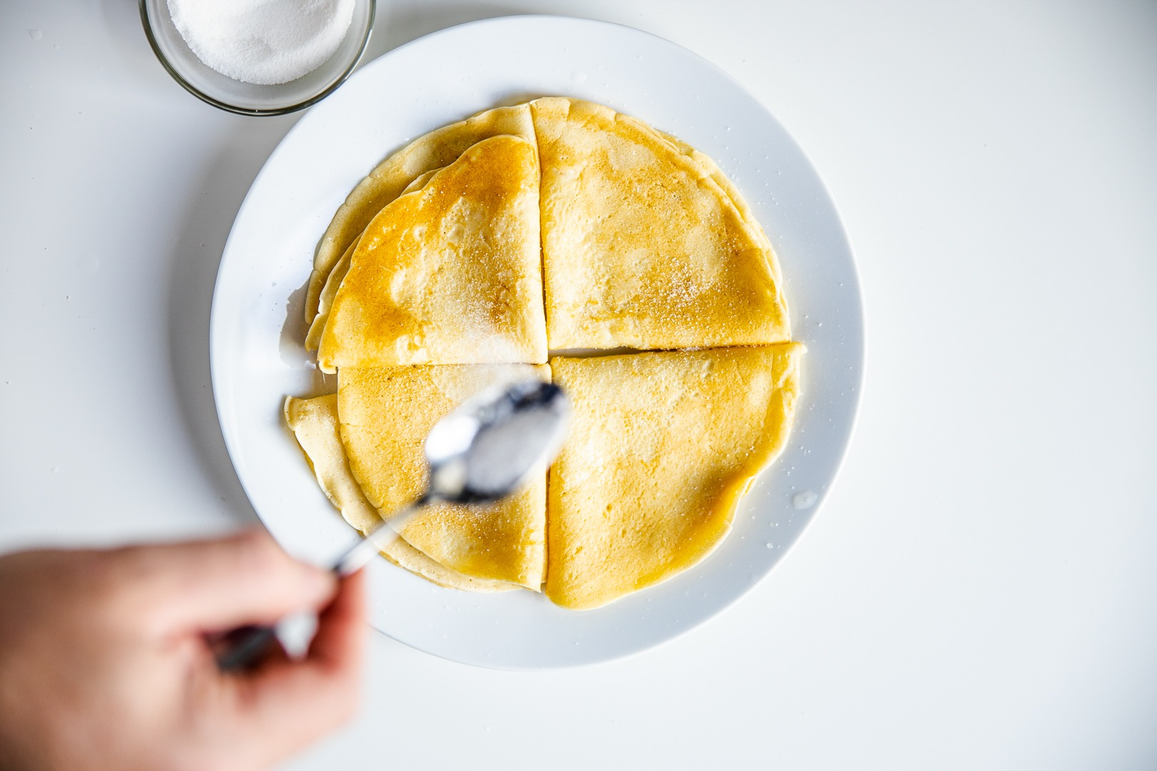 Sugaring the crepes