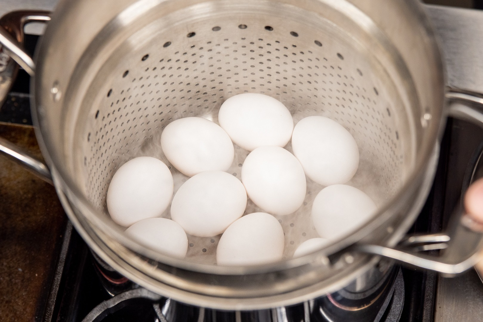 Eggs in the steamer basket