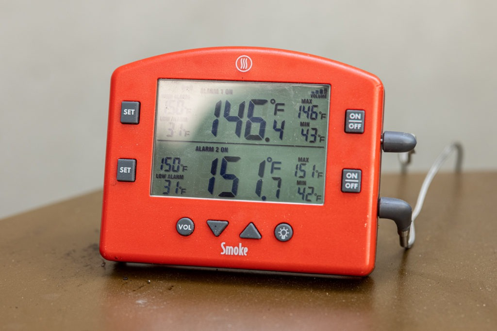 Smoke thermometer showing pull temps